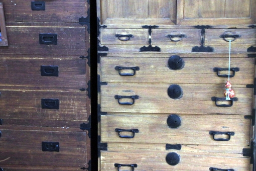 古い家具整理-遺品整理